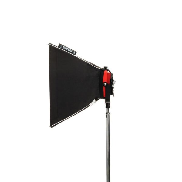 kinotehnik practilite802 practilite 802 ledpanel led panel dmx weatherproof location lights outdoors batteryoperated v-lock softbox dopchoice