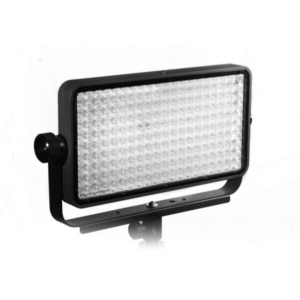 kinotehnik practilite802 practilite 802 ledpanel led panel dmx weatherproof location lights outdoors batteryoperated v-lock snapbag dopchoice